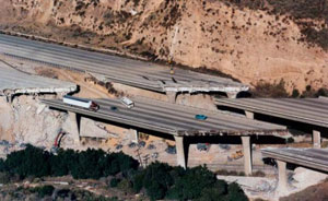 roads bumper bumper los angelenos san franciscans panic live Los Angeles Earthquake bridges and freeways collapsed